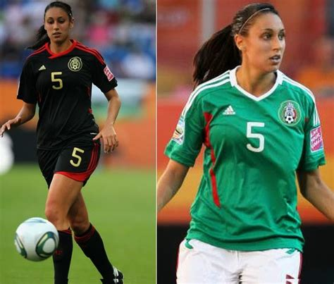 24 Hottest Women Footballers In The World (2016)