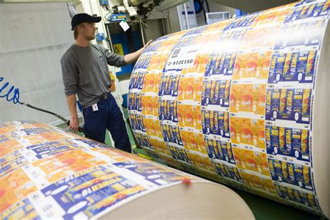 Tetra Pak® - Production of packaging material | Production