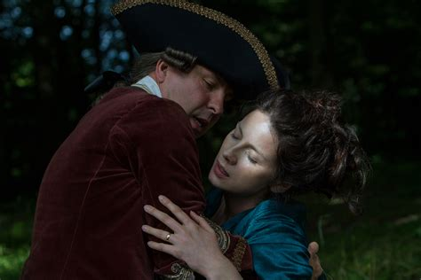 """Official Photos from 'Outlander' Episode 206, """"Best Laid"""
