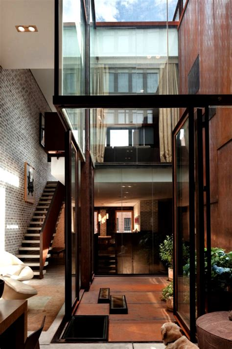The Inverted Warehouse Townhouse of New York | Home Design